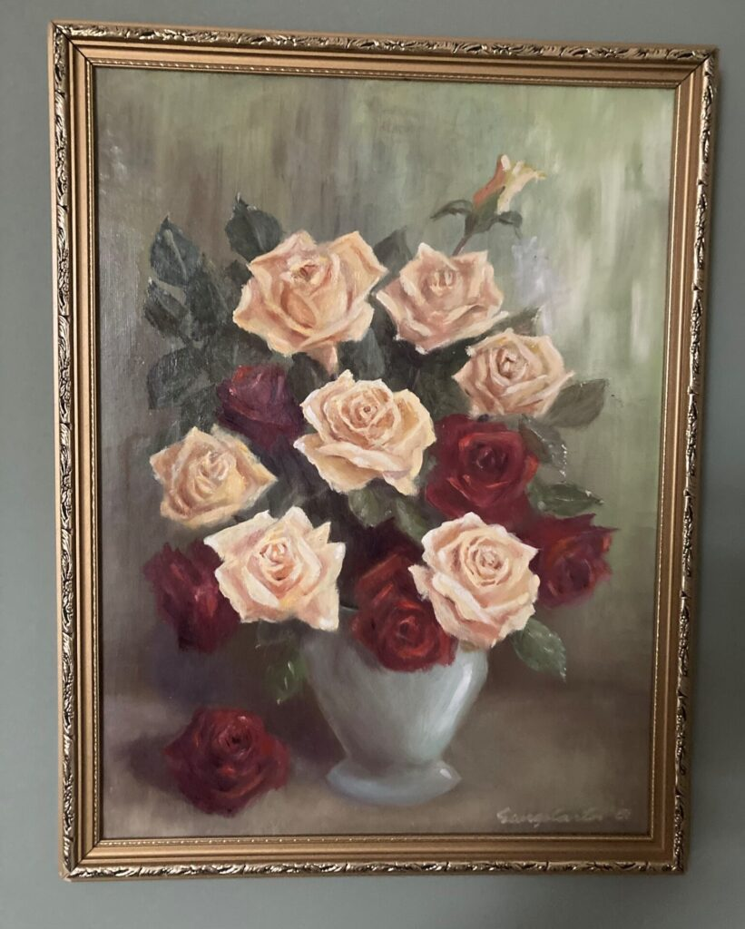 A bowl of roses.